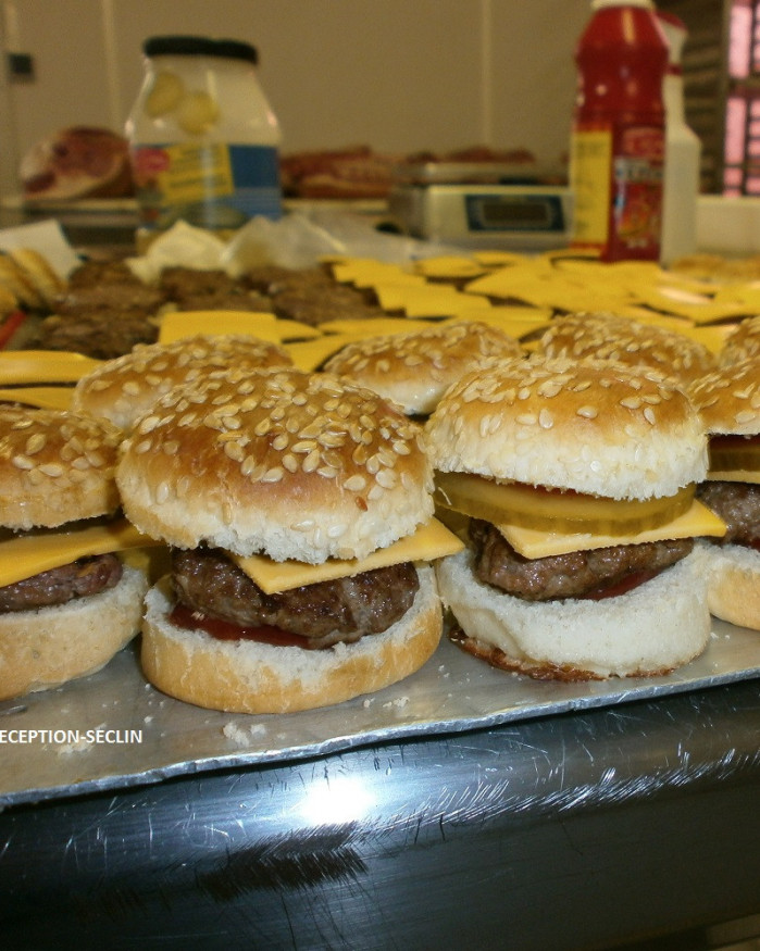 20  double cheese  burger gourmands